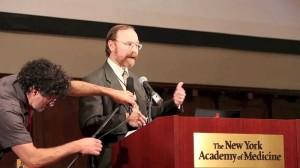 Ken Buesseler博士